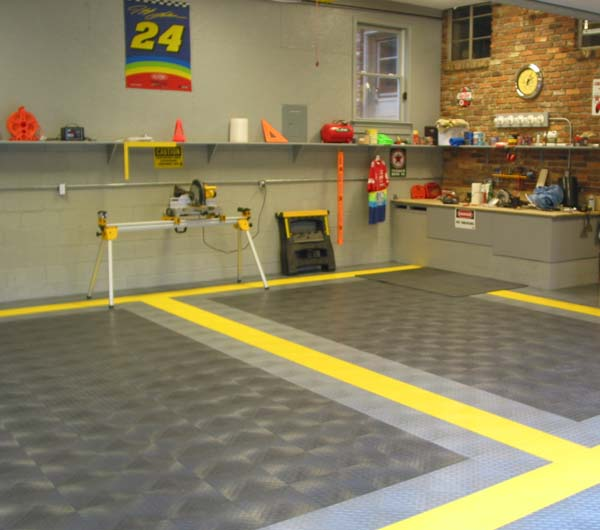 Garage tiles diamond plate garage tiles for Garage deck