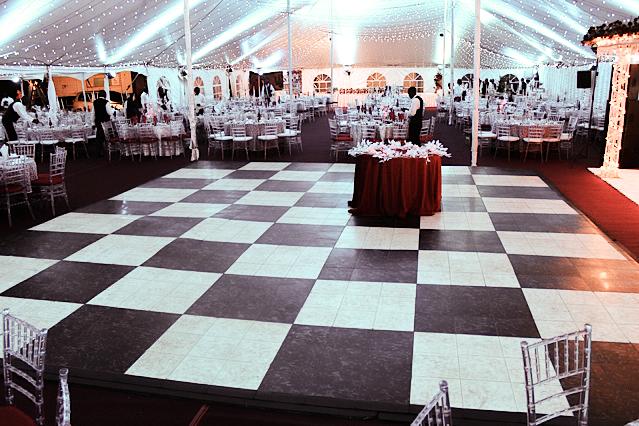Luxury Black Marble Dance Floor Tiles Are Interlocking