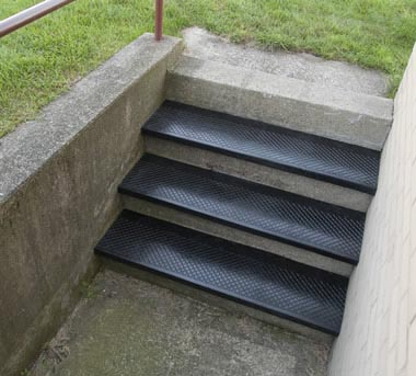 Outdoor Recycled Rubber Stair Treads Are Outside Rubber