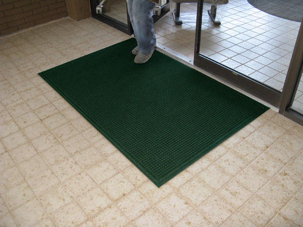 ... WaterGuard Classic Entrance Mat ...