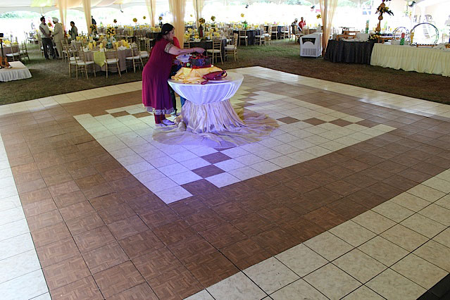 Portable Dance Floor On Carpet : Luxury white marble dance floor tiles are interlocking