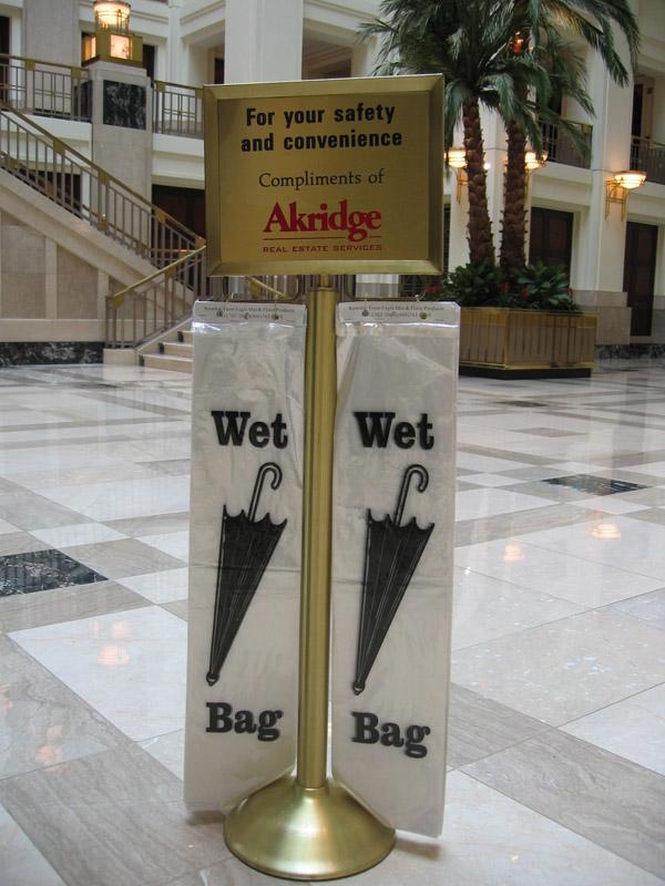 Wet Umbrella Bag Stand Premiere